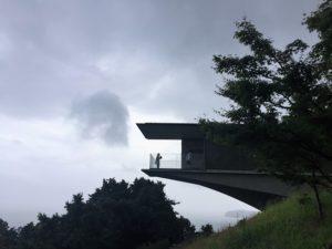 江之浦測候所 雨 ブログ 夏至光遥拝8