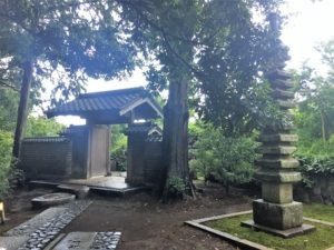江之浦測候所 雨 ブログ 内山永久寺十三重塔・旧奈良屋門1